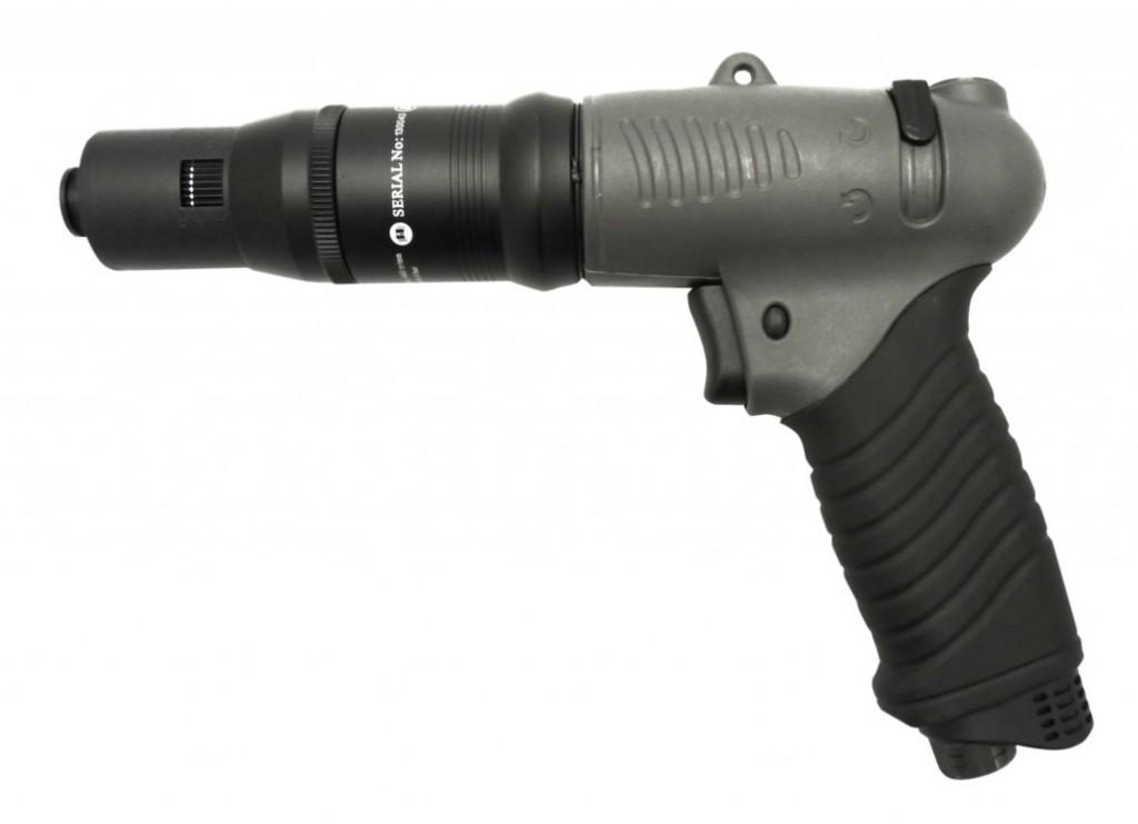 UT 8957 X